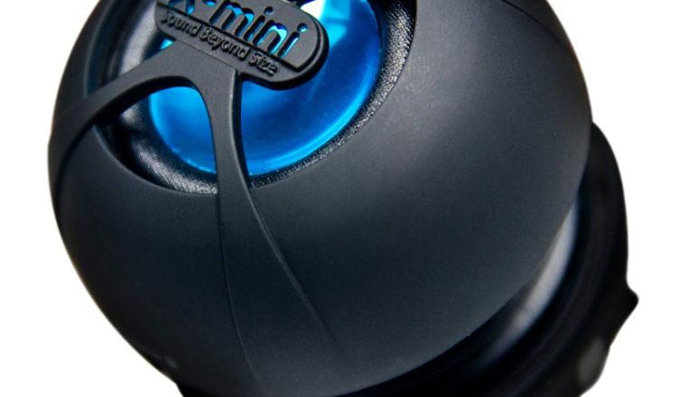 Преносима тонколонка с MP3 плейър Xmi X-mini HAPPY Capsule Speaker