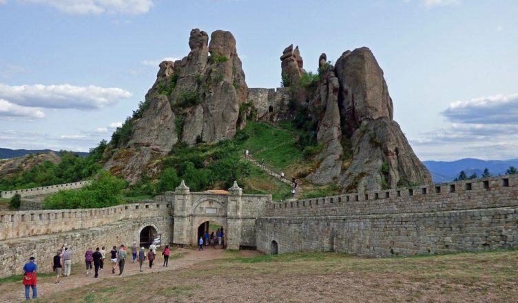 крепостта калето в белоградчик